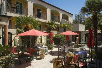 France Languedoc-Roussillon Hôtel Restaurant Les II Mas ***